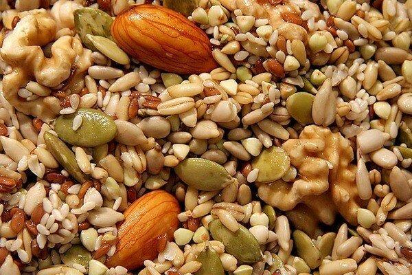 Семечки и орехи